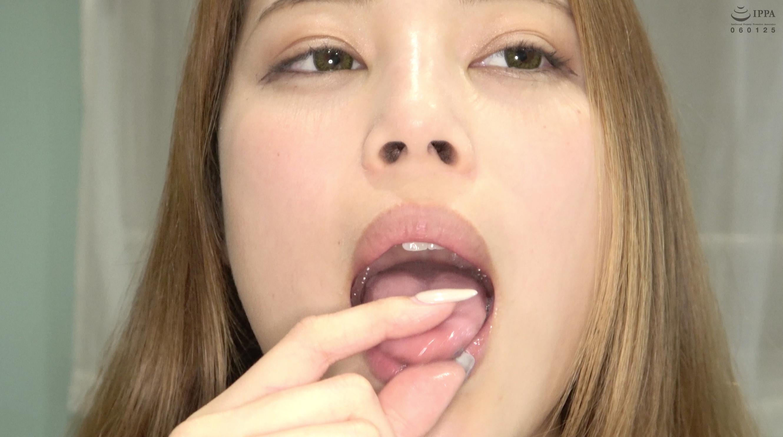 【舌・唾フェチ】超オススメ女優 森山なつかチャンの舌ベロ観察・唾垂らし乳首オナニー!